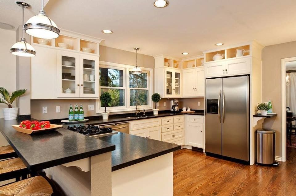 Custom cabinet of san diego portfolio custom cabinet of for Modern custom kitchen cabinets